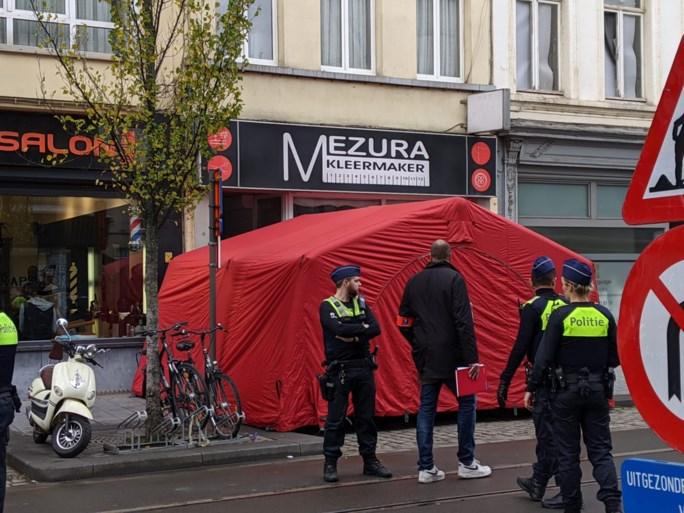 Man (54) overleden na steekpartij in Brederodestraat