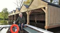 Houten garage op Binnennete beschut toeristische bootjes