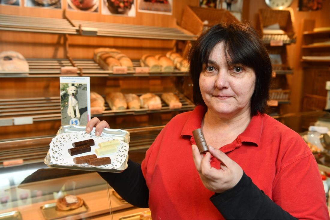 Bakker verkoopt pralines met braille om blindengeleidehonden... (Puurs-Sint-Amands) - Gazet van Antwerpen