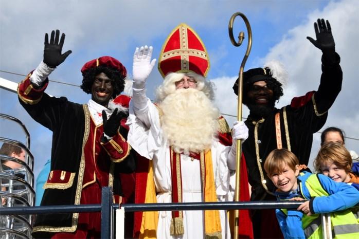 Sinterklaas lokt massa kindjes naar Wijnegem