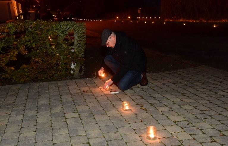 Honderden sympathisanten herdenken drie jaar geleden overleden Chiara