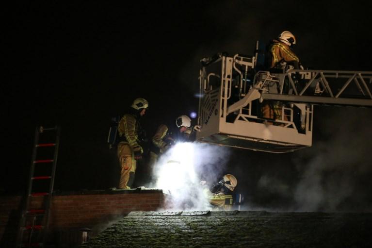 "Dakbrand teistert woning in Nijlen: ""Het huis is onbewoonbaar"""