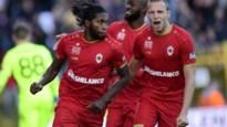 Antwerp dient leider Club Brugge eerste nederlaag toe, Bölöni kan weer ademen