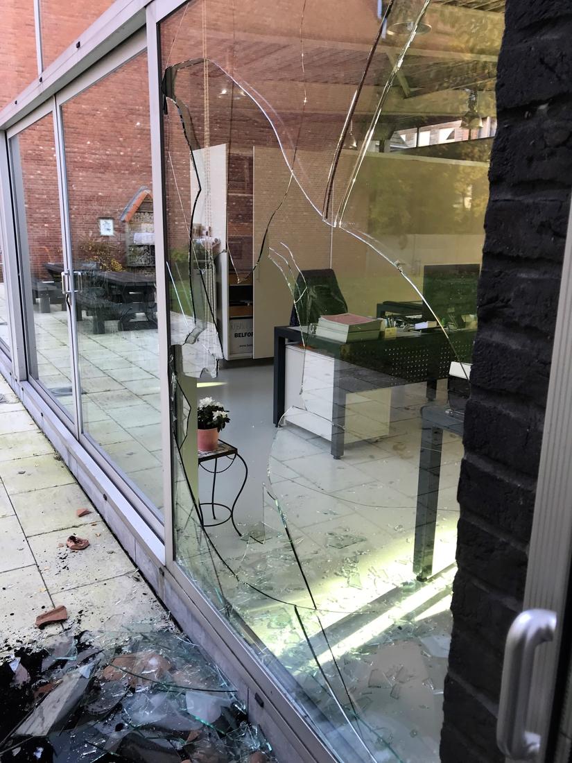 Gemeentehuis dinsdag gesloten na alweer drieste inbraak - Gazet van Antwerpen
