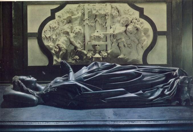 Kathedraal haalt grafbeeld Isabella van Bourbon terug