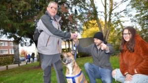 """Terminaal zieke Peter neemt afscheid van zijn hond: """"Eerste keer dat ik Zino heb zien lachen"""""""