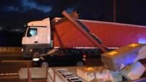 Alweer vrachtwagen tegen hoogtebegrenzer aan Scheldebrug: grote verkeershinder op N16