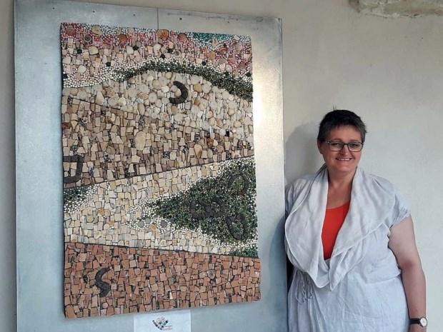 Dag van de Ambachten: Mieke Ceusters is enige in Benelux die les geeft in kunst van mozaïek
