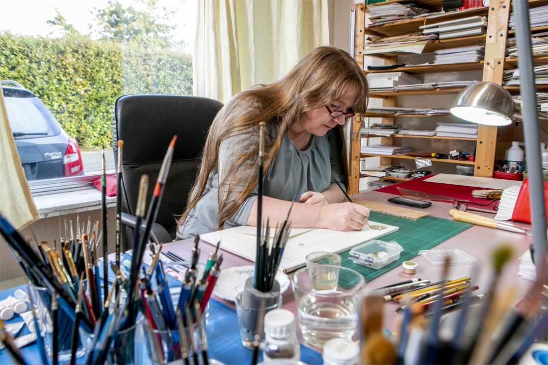 Prisca ontwerpt adel- en wapenbrieven voor edelen en gewone mensen - Gazet van Antwerpen