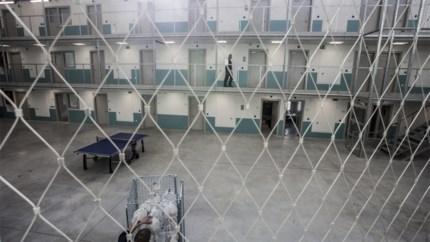 Man smokkelt drugs binnen in gevangenis Beveren