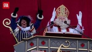 Sinterklaas is in de war en denkt even dat er dit jaar drie héél stoute kinderen waren