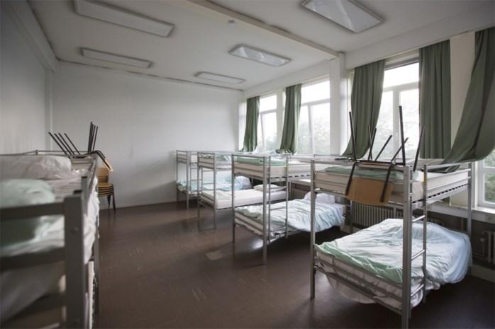 Steeds meer jongeren dakloos: Antwerpen spoort 140 sofasurfers op