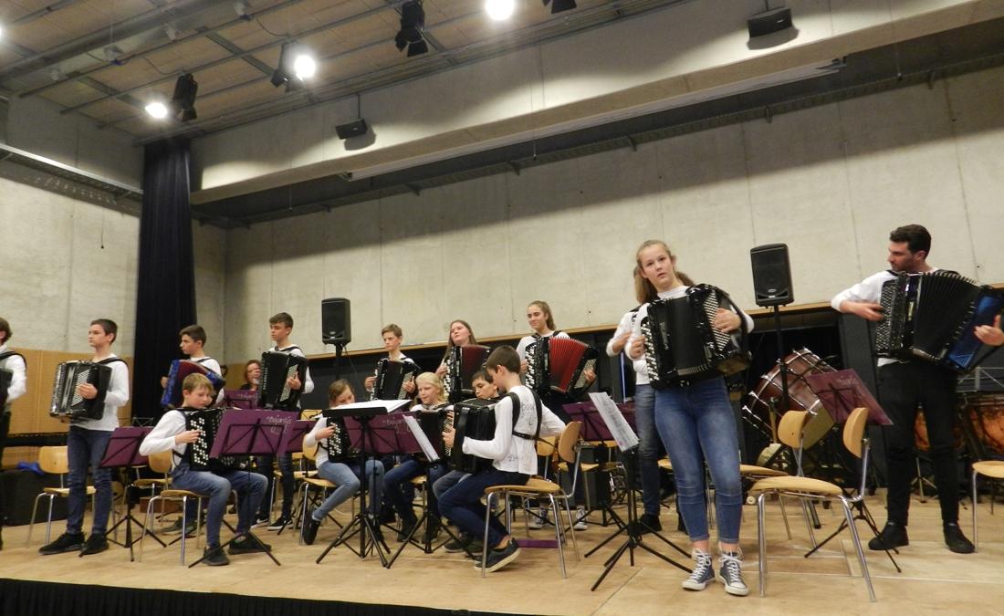 Negen jeugdorkesten laten zich horen voor jury (Lille) - Gazet van Antwerpen