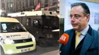 """De Wever over jongeren die wilden plunderen: """"Verantwoordelijkheid ouders komt in beeld"""""""