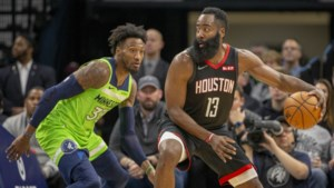 James Harden loodst Houston Rockets andermaal naar de zege met fenomenale prestatie