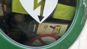 Nieuw AED-toestel al meteen buiten gebruik