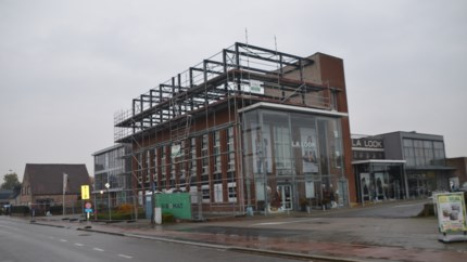 "Oud-Antwerpvoetballer bouwt woning op voormalige Inzafabriek: ""Die oude melkfabriek is zo sterk als een bunker"""