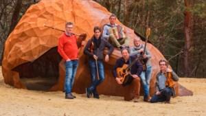 """Folkmonument Galley Head viert jubileum: """"Volgende keer boeken we de Lotto Arena"""""""