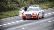 Politie controleert aan de grens, acht kilo wiet en 56.600 euro cash aangetroffen