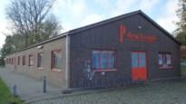 Chiromeisjes bouwen nieuw en groter jeugdlokaal