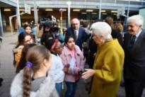 Koninklijk bezoek op school De Wereldreiziger: Paola leest voor in het Italiaans