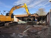 Met afbraak van oud zwembad verdwijnt stukje nostalgie voorgoed