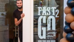 Nieuwe snackbar naast Sint-Romboutstoren serveert toepasselijke 'torenburger'