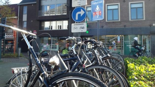 Gevraagd: meer parking voor fietsen en minder voor auto's