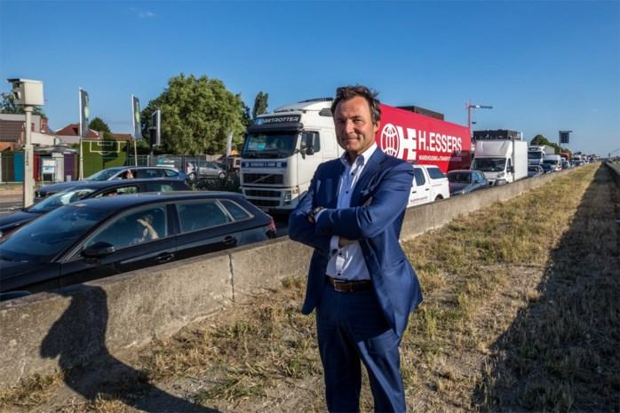 """Ondernemers pleiten opnieuw voor noodbruggen op A12, volgens Wegen en Verkeer """"géén oplossing"""""""