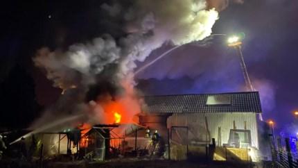 """Klusjesman speelt al zijn gereedschap kwijt bij hevige brand: """"Ik heb zelfs geen vijsje of nageltje meer"""""""