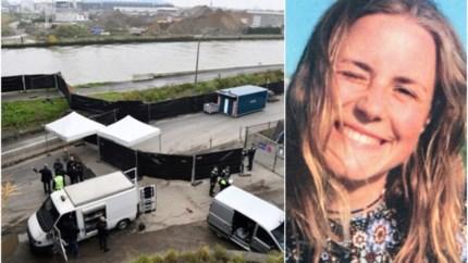 """Steve Bakelmans toont speurders hoe hij Julie Van Espen vermoordde: """"Geen emoties gezien bij de verdachte"""""""