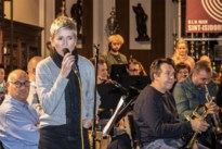 """Fanfare met Andrea Croonenberghs in kerk: """"We stonden versteld van haar zangtalent"""""""
