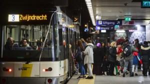 Personeel De Lijn in Antwerpen communiceert in 2020 digitaal