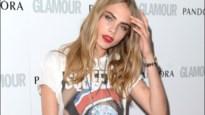 Model Cara Delevingne toont totaal nieuwe look