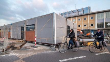Zwerffietsen aan station moeten weg voor bouw tijdelijk Fietspunt