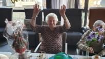 Joanna Van Houdt blaast 100 kaarsjes uit