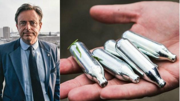 De Wever verbiedt oneigenlijk verkopen, gebruiken en bezitten van lachgas
