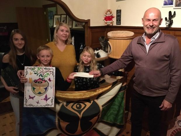 Ianto (10) wint tekenwedstrijd Tomorrowland