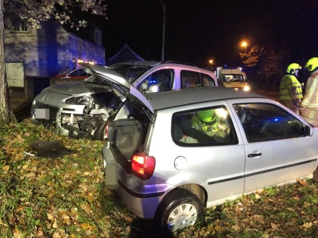 Vijf gewonden bij zwaar verkeersongeval