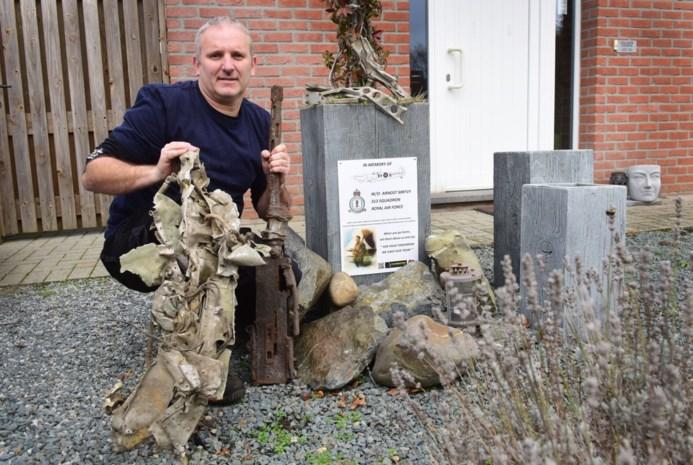"""Herentalsenaar toont documentaire over neergestortte Spitfire: """"Die jonge piloot had geen schijn van kans"""""""