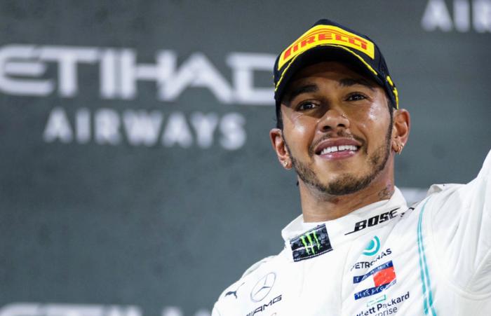 F1-kampioen Lewis Hamilton staat weer niet op erelijst van de Britse Queen