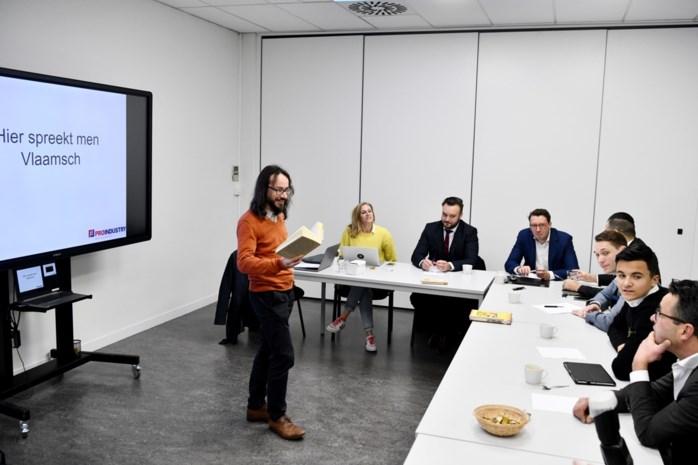 """Workshop Vlaams voor Nederlandse werkkrachten: """"We moeten eens klappen"""""""