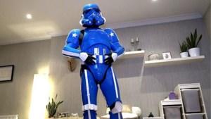 Blauwe stormtrooper Joël uit Herentals brengt 'The Force' naar zieke kinderen