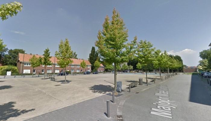 Politie controleert op overlast rond Majoor Maelfaitplein