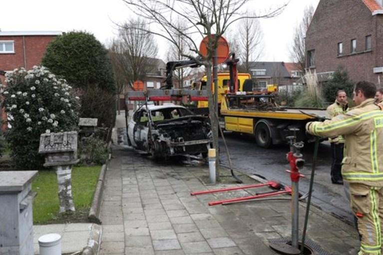 Drie jonge mannen gearresteerd na reeks autobranden in buurt Park Spoor Noord