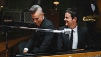 """Jazzzanger Jamie Cullum draagt das van Antwerpse Wendy Thys: """"Ik heb zelfs een tattoo van een nummer van Cullum"""""""