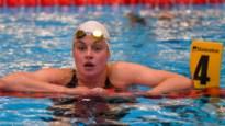 """Zwemster Fanny Lecluyse op stage voor de Olympische Spelen: """"Hoop heel hard dat Victor Campenaerts mee mag naar Tokio"""""""