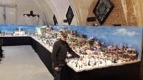 """Miniatuurdorp van Frank Smet in heemmuseum groeit uit tot 40 vierkante meter: """"Mijn kerstdorp telt al 600 inwoners'"""