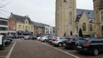 """BUURTREPORTAGE. Vooral handelaars ongerust over vernieuwing dorpskern: """"Parkeerplaatsen moeten blijven"""""""