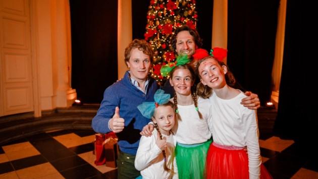 """Op verkenning tijdens eerste Kerstmagie in kasteel d'Ursel: """"Ik heb de Kerstman gezien en de prinsesjes waren echt heel knap"""""""